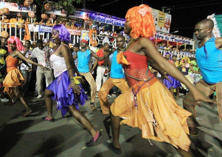 Carnaval des fleurs : bilan partiel, plus de 660 blessés et 3 morts
