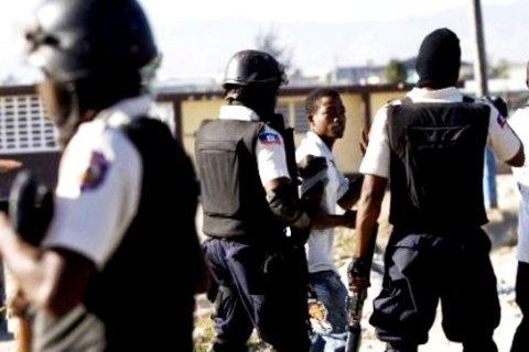 La Police de l'Ouest s'est evertuée faire revenir le calme à Petit-Goâve